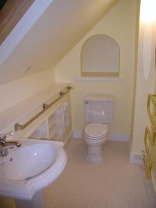 Small attic bath installation