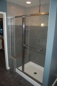 Shower tiled bench & glass door